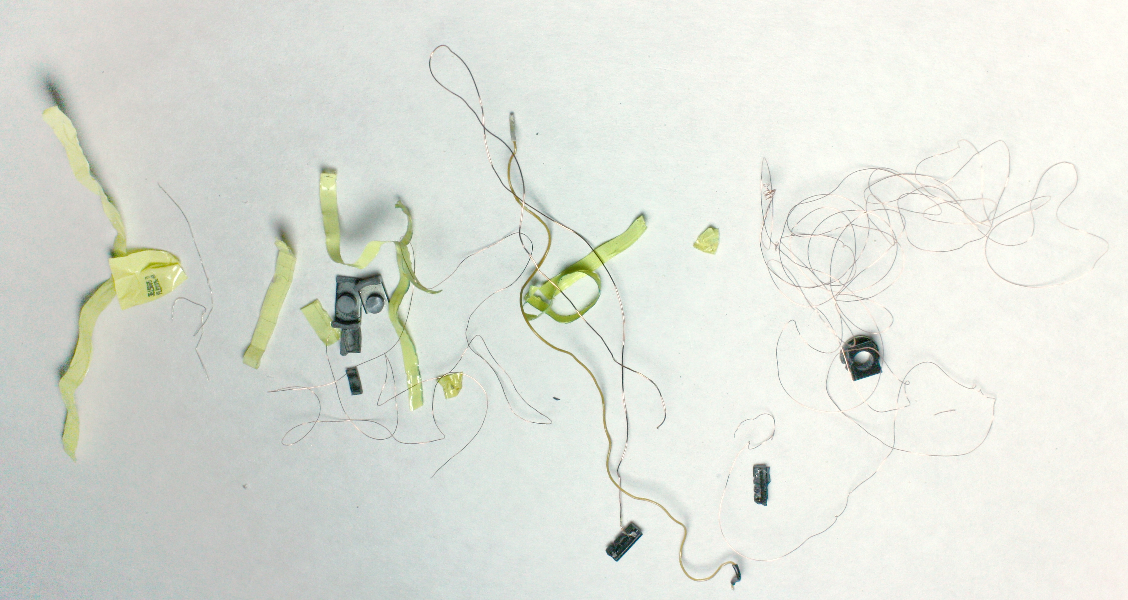 Art Line Level Converter : Apple iphone charger teardown: quality in a tiny expensive package