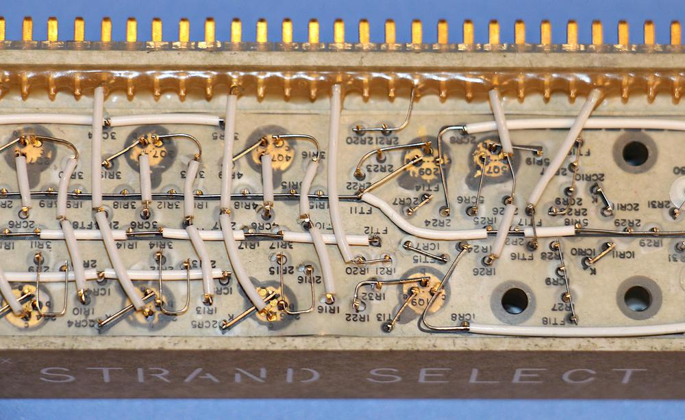 A closeup of the strand select module, showing its cordwood construction.