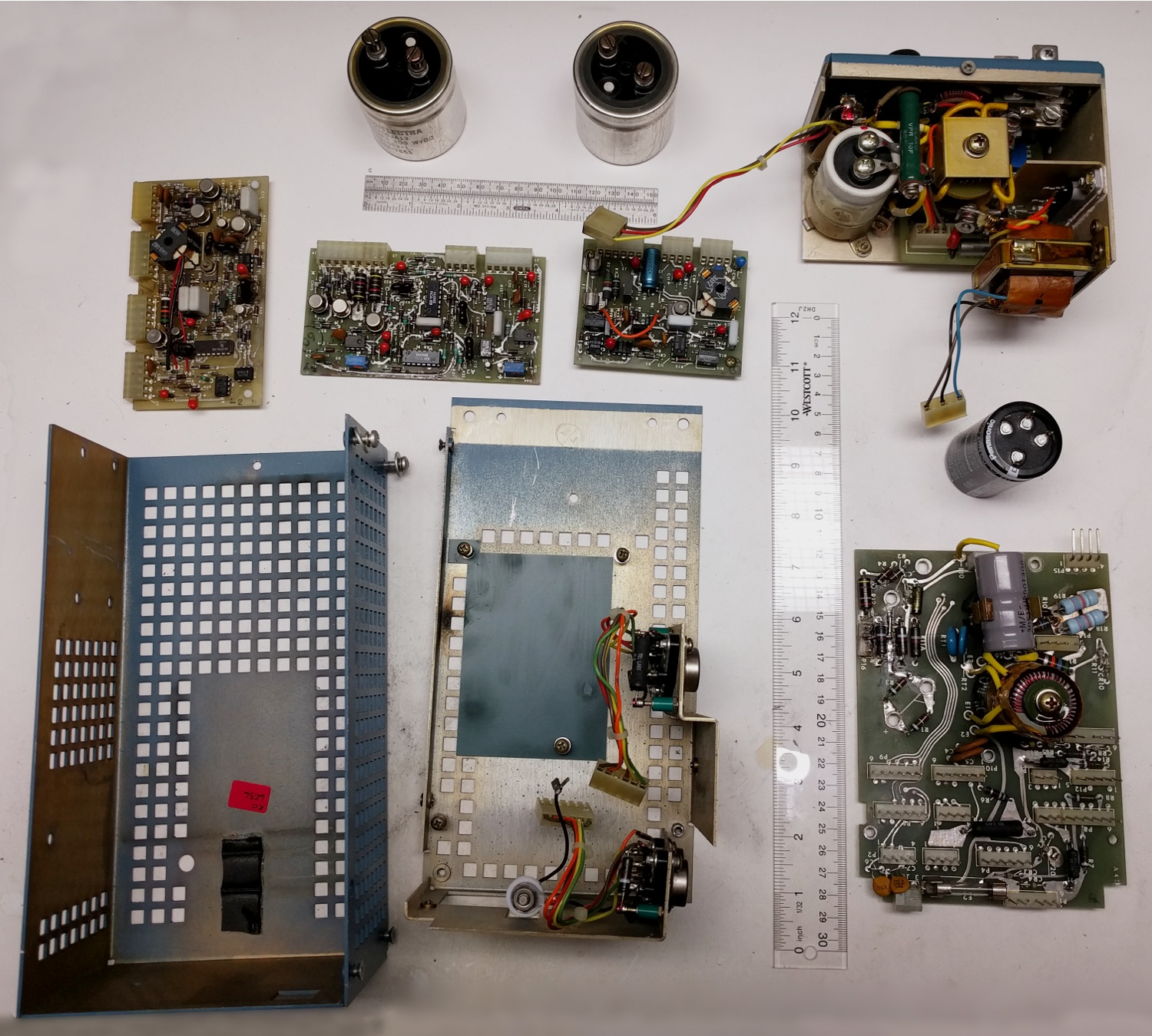 Ken Shirriffs Blog June 2016 Smps Board Tablet Circuit The Altos Switching Power Supply Disassembled Main Is In Lower Right