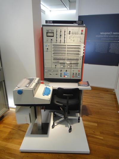 IBM System/360 Model 50 control panel. The dataflow diagram in the upper right illustrates the system's internal design. Photo by Sandstein, CC BY-SA 3.0