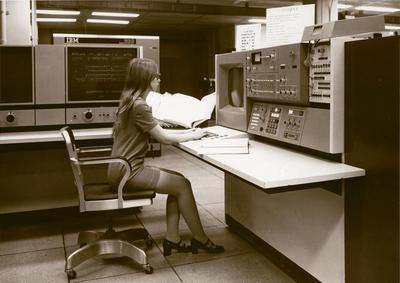 Console for the IBM System/360 Model 85 at NSA (source).