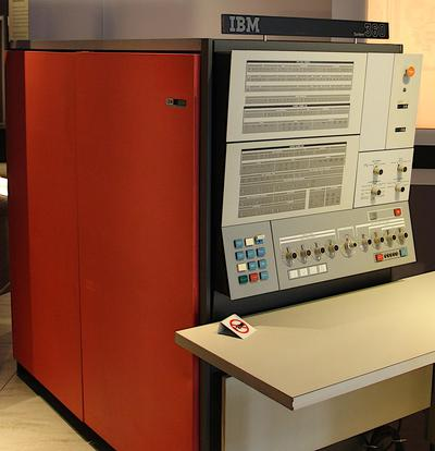 IBM S/360 Model 30 on display at the Computer History Museum.