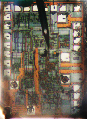 Die photo of the DB02A SMPS controller chip.