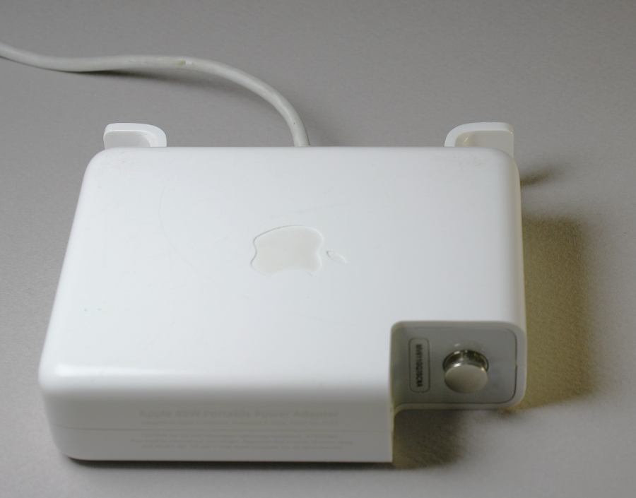 Macbook charger teardown: The surprising complexity inside