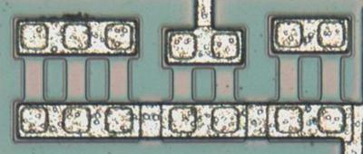 This photo shows seven short resistors but some are not used.