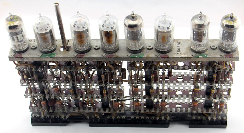 A key-debouncing module from an IBM 705. Details here.
