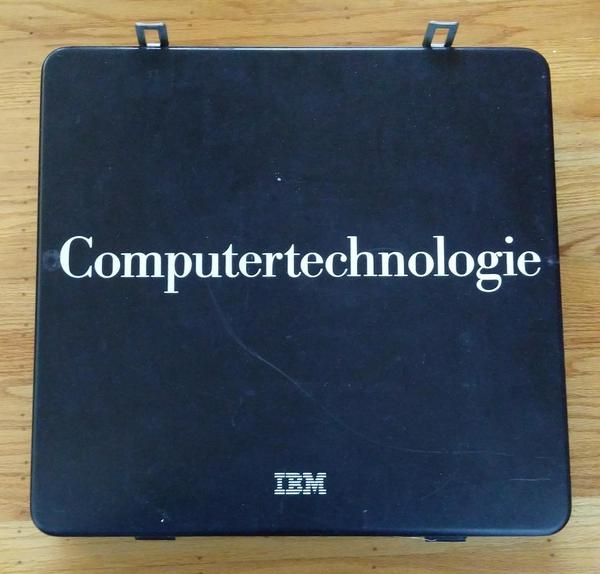 "The box is labeled in German: ""Computertechnologie""."
