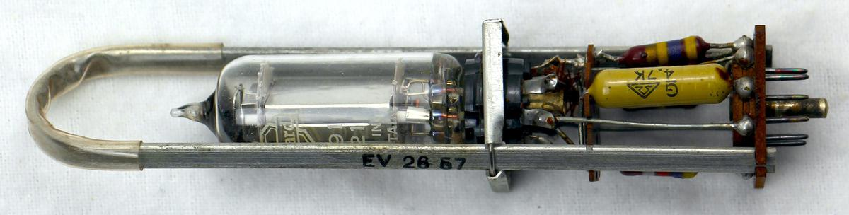 Tube module from an IBM 604 Electronic Calculating Punch.